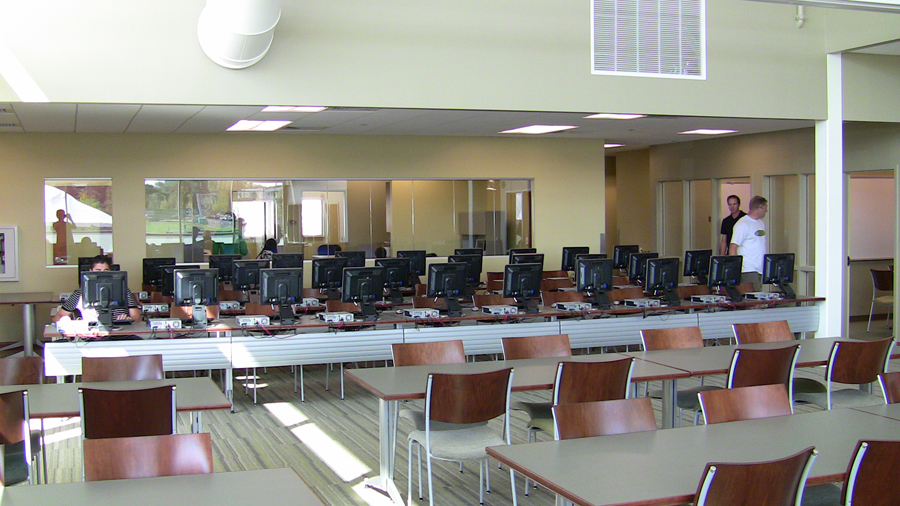 computer lab and study room