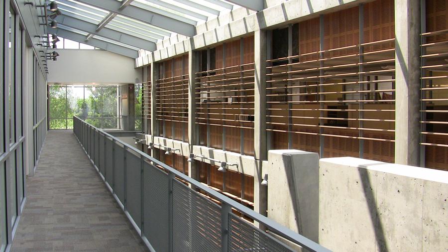diagnostic medicine center third floor corridor